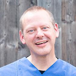 Dr. Fabrice Bodeüs