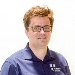 Dr. Thomas van Bergen